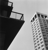 Lucien HERVÉ (1910-2007), City Hall Tower from the ISAI, 1956, silver halide photography – paper print, 38 x 39 cm. © MuMa Le Havre / Lucien Hervé