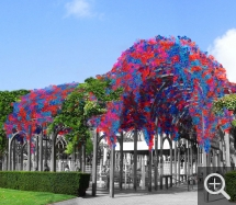 Claude CORMIER (1960), Pergola art installation, Le Havre, 2006, 90,000 brightly coloured Christmas ornaments. Collection of the artist. © Claude Cormier