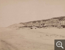 Émile LETELLIER (1833-1893), View of the beach at Trouville, 1877, photograph, 23.5 x 30 cm. © Le Havre, bibliothèque municipale / Émile Letellier