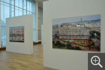 "Partial view of the ""Le Havre. Images sur commande"" exhibition Matthias Koch, Façade (left) - Chaussée Kennedy (right), 2009. © MuMa Le Havre / Christian Le Guen"